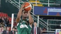 Supercoppa italiana - Ragland sulla sirena: Avellino batte Reggio Emilia e vola in finale