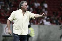 Abel Braga admite que a vitória era necessária e diz estar menos chateado
