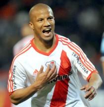 """Sánchez: """"Hay que escribir más páginas gloriosas con River Plate"""""""