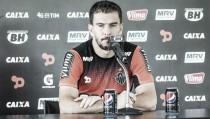 """Dozinete dá preferência ao Atlético-MG, mas avisa: """"Vem clube atrás da gente"""""""