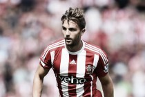 Tony Pulis eyes Jay Rodriguez loan