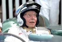 1964 Formula One World Champion John Surtees dies aged 83