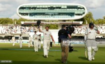 Middlesex vs Yorkshire - Day Three: Bresnan's century leaves game evenly poised ahead of tense final day