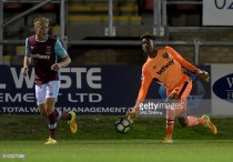Nathan Trott signs first professional contract with West Ham United