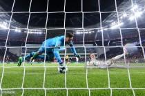 Pochettino labels Lloris as 'one of world's best' after brilliant save versus Bayer Leverkusen