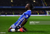 Chelsea 2-1 Tottenham Hotspur: Victor Moses' effort ends Spurs' unbeaten run and keeps Blues top