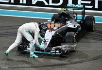 2016 Abu Dhabi GP: Hamilton wins battle, Rosberg wins war - as it happened