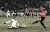 United supera Zorya em partida congelante e se garante nos 16-avos da UEL