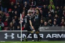 Southampton 1-2 West Bromwich Albion: Robson-Kanu rocket sinks Saints as baggies end 2016 with a win
