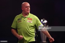 Michael van Gerwen picks up first win of 2017 Premier League darts