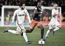 Jemerson é expulso, Monaco passa sufoco, mas vence Montpellier e segue líder isolado