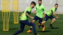 Víctor Díaz se une a las ausencias en el entrenamiento