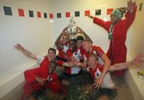 """Van Bronckhorst: """"Ganar la KNVB es un gran éxito"""""""