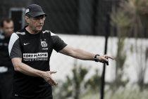 Oswaldo de Oliveira exalta aumento de moral com vitória no Sul