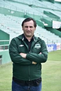 """Carlos Bustos: """"Queremos armar un buen plantel"""""""