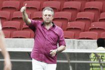 Abel Braga celebra triunfo colorado e o dedica à família dos jogadores