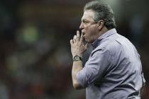 Abel Braga defende seus atacantes e reclama da falta de tempo para treinar