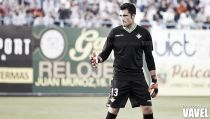 Adán: ''Para llevarnos a Primera división, no hay mejor entrenador que Julio Velázquez''