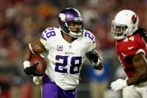 Minnesota Vikings decline Adrian Peterson's 2017 option