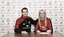 Alex Greenwood signs for Liverpool Ladies