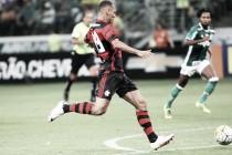 Palmeiras e Flamengo empatam em partida emocionante e de arbitragem controversa