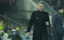 Ganar fuera, asignatura pendiente de Lucas Alcaraz con el Granada