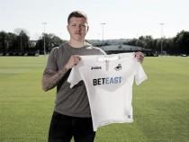 Mawson makes Swansea switch