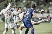 América-MG cria boas chances, erra muito e empata sem gols com a URT