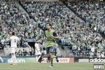 Seattle Sounders midfielder Andreas Ivanschitz suffers right knee sprain