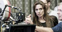Angelina Jolie vuelve a colocarse detrás de las cámaras para dirigir 'África'