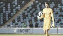 Angus Gunn, Jorge Intima y Kean Bryanrenuevan con el Manchester City