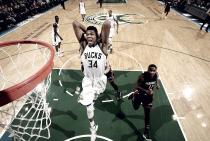 NBA - Toronto domina i Knicks, Atlanta stende Milwaukee