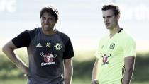 """Azpilicueta: """"El Chelsea debe pelear por la Premier League este año"""""""