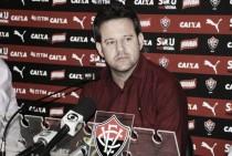 Argel Fucks revela proposta de outro clube e espera eleições no Vitória para definir futuro