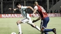 Derlis González marca, Agüero perde pênalti e Paraguai vence Argentina fora de casa