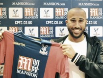 Crystal Palace sign Andros Townsend