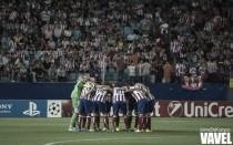 Ojeando al rival: el Atleti, en busca de la caída del Barça en el Calderón