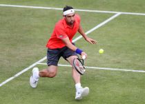 ATP Nottingham, Baghdatis ferma Bolelli