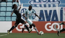 Meia Caio César valoriza jovens do Avaí mesmo em revés da Primeira Liga e muda foco ao Catarinense