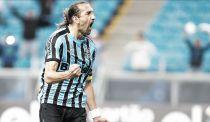 Autor do gol, Barcos comemora vitória frente ao Figueirense: ''Estamos no caminho certo''