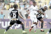 No meio da tabela, Santos enfrenta um Botafogo em crise na Vila Belmiro