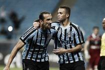 Com pênalti polêmico, Grêmio vence Figueirense e cola no G-4