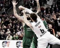 El Baskonia hiere de muerte al Madrid en el último segundo