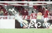 Após milagres, Marcelo Lomba ganha confiança e comemora grande jogo pelo Inter