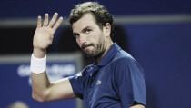 ATP Marseille: Julien Benneteau serves past Denis Shapovalov