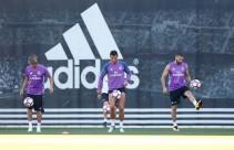 Coentrão, Navas y Benzema trabajan con el grupo