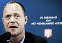 La KNVB renueva el contrato de Bert van Oostveen hasta 2019