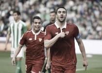 Il Siviglia raggiunge il Real Madrid in vetta alla classifica: battuto 2-1 il Betis nella stracittadina