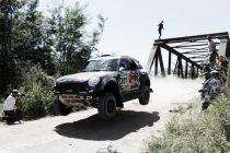 Dakar 2015, va ad Al-Attiyah la prima tappa delle auto