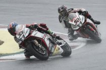 Magny-Cours, in Gara 2 Melandri vince su Guintoli